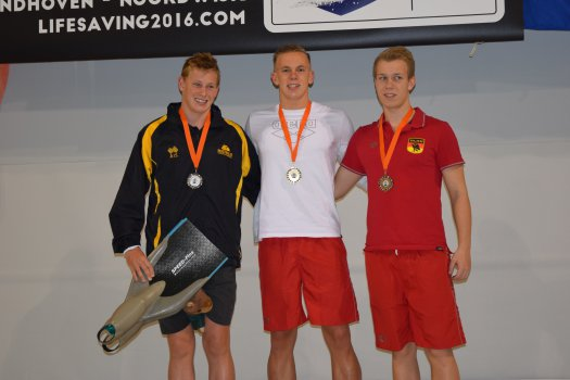 100m manikin tow with fins  JUNIORS: 1) Tim BRANG 2) Bradley WOODWARD 3) Jannik BÖWING